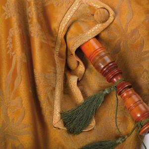 Detalle da tapa no vestido do fol que  dá saída ao ronquillo. Fotografía Alba Vázquez Carpentier.