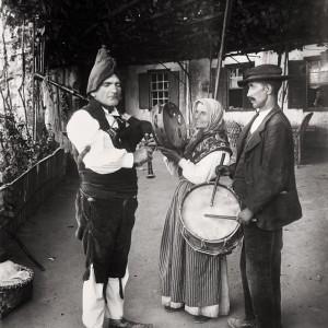 O Gaiteiro de Guillarei (Tui, Pontevedra). Fotografía de Francisco Zagala, c. 1900. Do arquivo do Museo de Pontevedra.