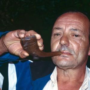 Jesús Méndez (Pedreira, Vilamaior, Ordes)  tocando a corneta. Fotografías do autor.