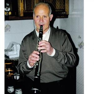 Domingo Calviño, clarinetista de Buscás (Ordes, A Coruña).Fotografías do autor.