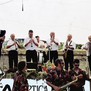 Os Beiramiño, no Encontro de Murgas de Guláns (Pontevedra, 1998). Fotografía do autor.