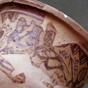 Tocadores de lira e óboe duplo nunha crátera achada no santuario ibérico de Cigarralejo  (Mula, Murcia, s. V-IV a.C.)