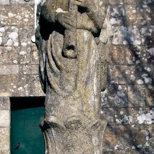 Óboe tocado por un anxo. Igrexa de San Lourenzo de Meis (Pontevedra). Fotografía de Ramón Marín.