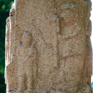 Fogueteiro e gaiteiro representados na fonte do parque de Amoeiro (Ourense) por un canteiro local (c. 1980).