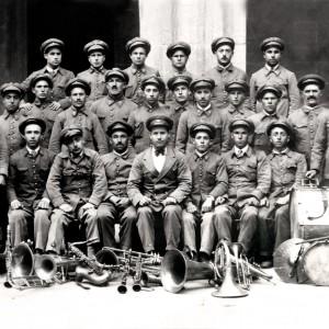 Banda popular de música de Monforte (1930). Do arquivo de Luís F. Guitián.